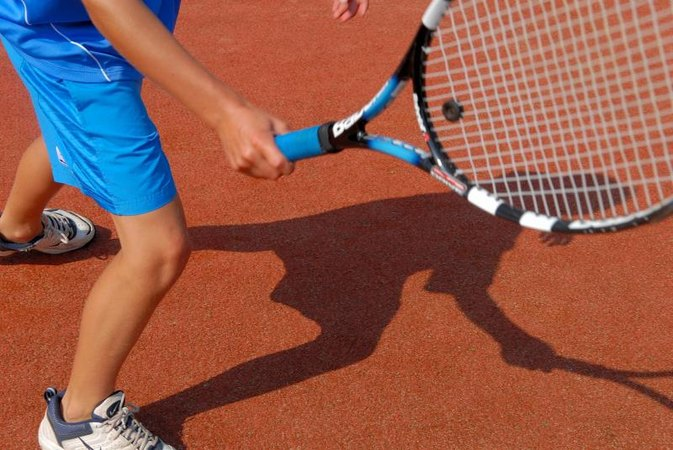 The Stiffness & Balance of a Tennis Racket