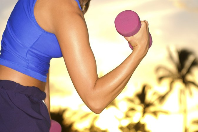 How to Get Rid of Flabby Arms Without Getting Buff