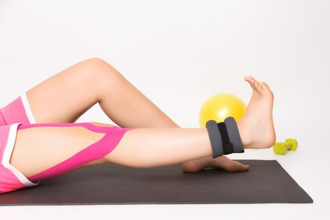Do Ankle Weights Help Tone Your Thighs?