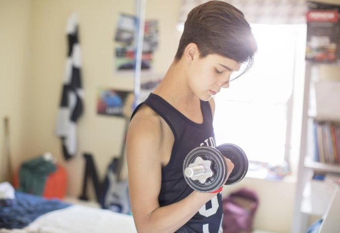 Normal Weightlifting for a 14-Year-Old