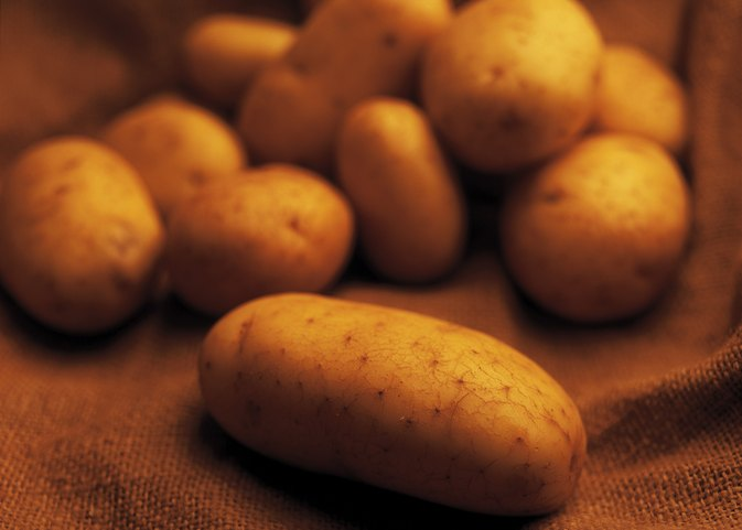 The Glycemic Index of Baked Potatoes Vs. Boiled Potatoes