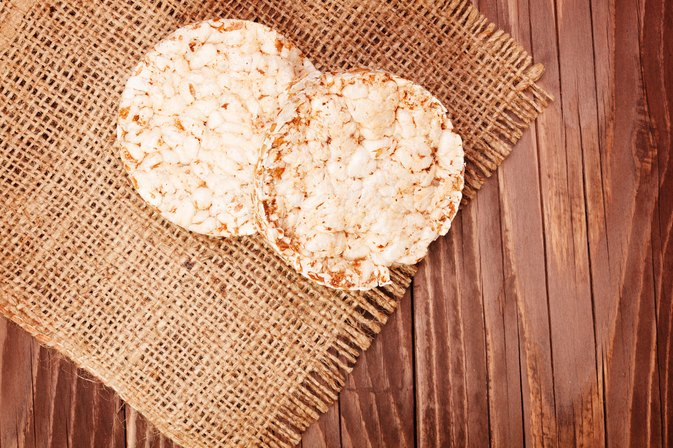 Can I Eat Rice Cakes on an Anti-Yeast Diet?