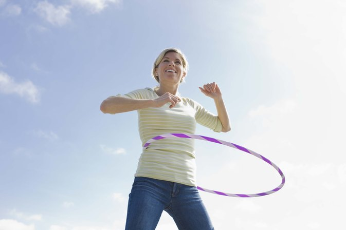 What Are the Benefits of Using a Weighted Hula Hoop?