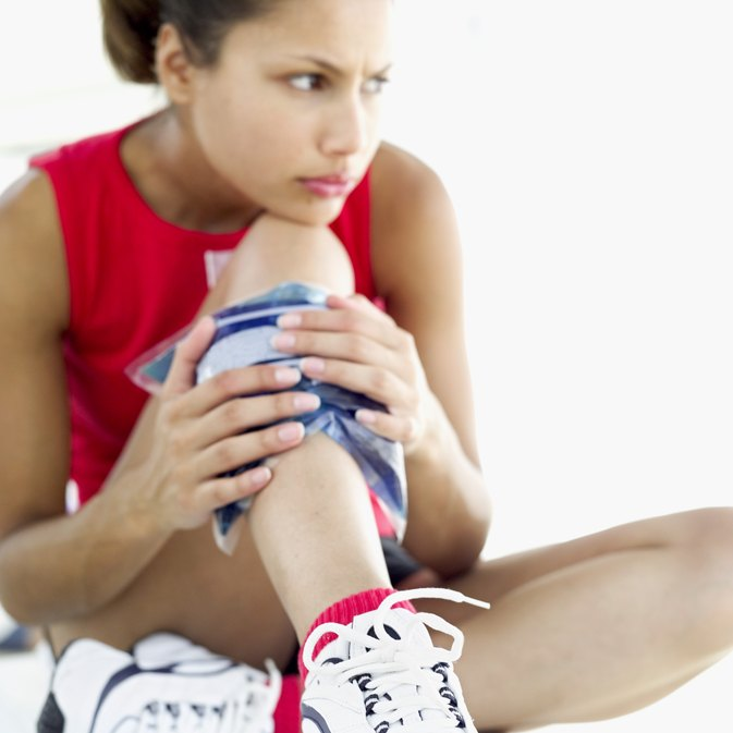 How to Treat Sore Leg Muscles From Sprint Training