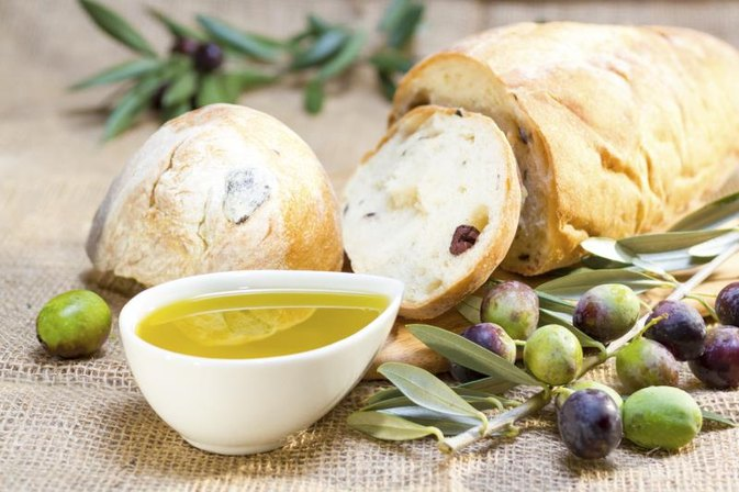 Can You Use Olive Oil in a Bread Mix?