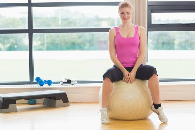 Does Bouncing on an Exercise Ball Help Strengthen Your Core?