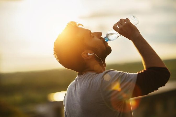 5 Tips to Make Sure You're Hydrated This Summer