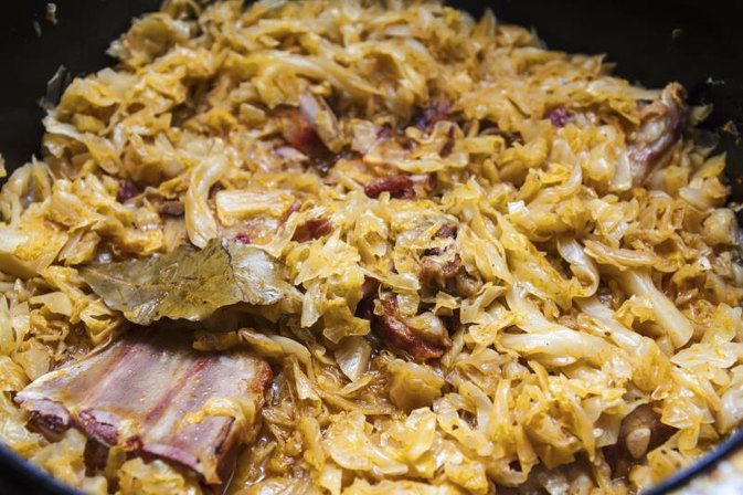 How to Cook Sauerkraut in a Crock Pot