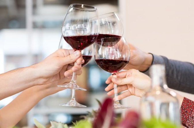 Is There a Place for Wine on a Low-Carb Diet?