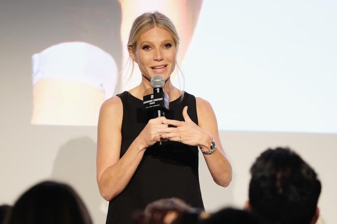 Doctors Shade Gwyneth Paltrow's Site's Latest Sex Advice