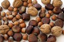 Can People With Gout Eat Nuts?