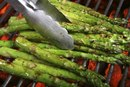 How to Grill Asparagus in Foil
