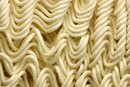 Ways to Cook Ramen Noodles With Peanut Butter