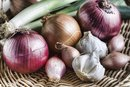 How to Substitute a Shallot for an Onion
