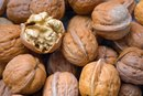 The Best Nuts to Eat for Arthritis