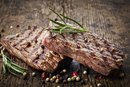 How to Prepare Steak for Baking in an Oven
