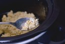 How to Cook Scrambled Eggs Using a Slow Cooker