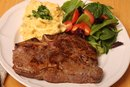 How Do I Pan-Fry a Porterhouse Steak?