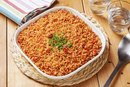 How to Make Spanish Rice With Tomato Sauce