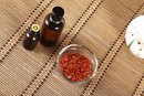 Safflower Oil Skin Benefits