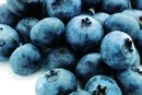 The Health Benefits of Grapes & Blueberries