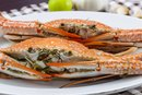 The Calories in Steamed Blue Crabs