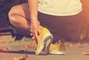 The Best Walking Shoes to Prevent Stress Fractures of the Foot