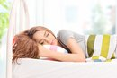 3 Ways to Prevent a Stiff Neck While Sleeping
