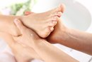 Types of Physical Therapy for Morton's Neuroma