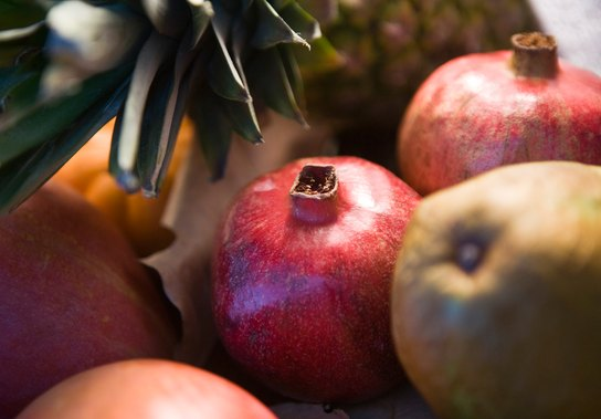 5 Tricky Fruits and How to Eat Them