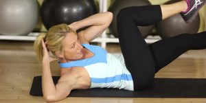how to cut stomach fat without losing muscle