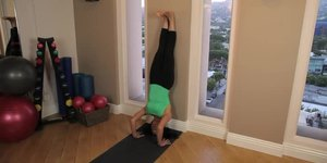 How to Train to Do a Headstand