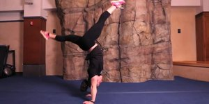 How to Do a Backbend Kickover for Beginners a…
