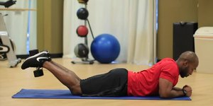 How to: Lying Leg Curl With a Dumbbell at Hom…