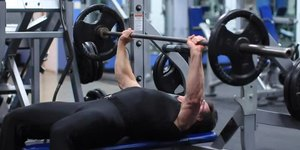 How to Increase Your Bench Press to 300 Pound…