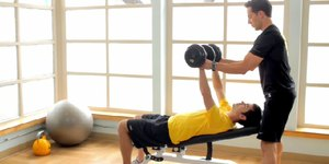 How to Spot a Partner on Dumbbells