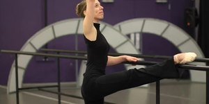 What Are the Types of Stretching in a Ballet …