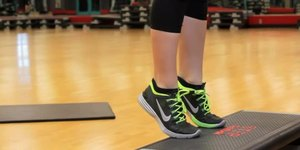 How to Strengthen Calves After a Broken Ankle