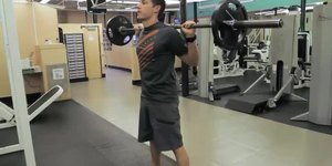 Proper Warmups for Powerlifting Squats
