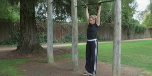 How to Work Out Triceps With Pull-Ups