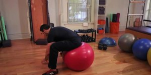 How to Improve Your Hip Flexibility Using a B…