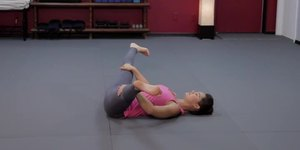 Stretches That Will Improve Cheerleading Jump…