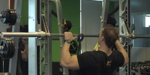 How to Do 25 Pull-Ups