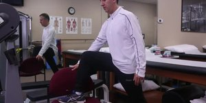 Physical Therapy With Standing Hip Flexor Str…