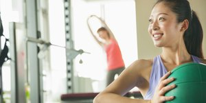 Weights vs. Cardio: Your Guide to the Perfect…