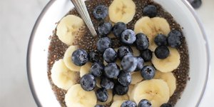 High-Protein Overnight Blueberry and Banana C…