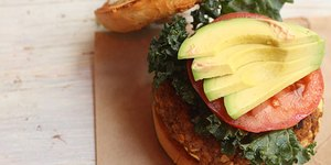 Delicious Plant-Based Dishes for Meatless Mon…