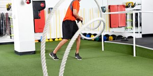 12 of the Most Challenging Battle Ropes Exerc…