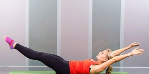 19 Ab-Sculpting Pilates Moves You Can Do At H…