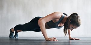 How to Do the Perfect Push-Up in 4 Steps